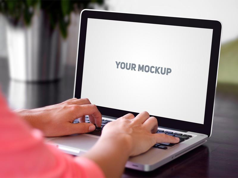 realistic_macbook_mockup