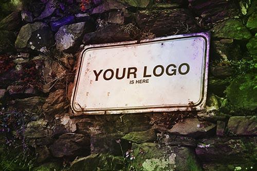 free_psd_logo_mockup