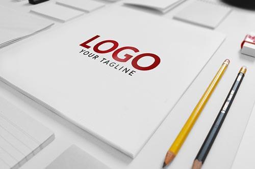 logo_mockup_psd_free