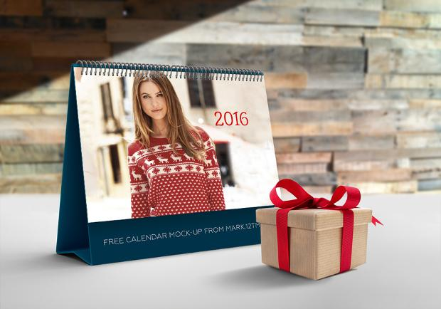 free_calendar_mockup_design