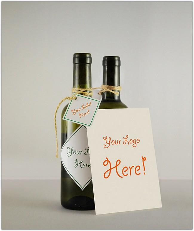 wine_bottle_greeting_card_mockup