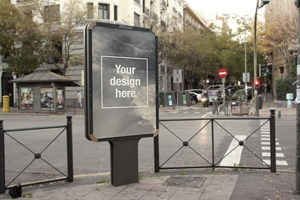 outdoor_advertising_psd_mockup