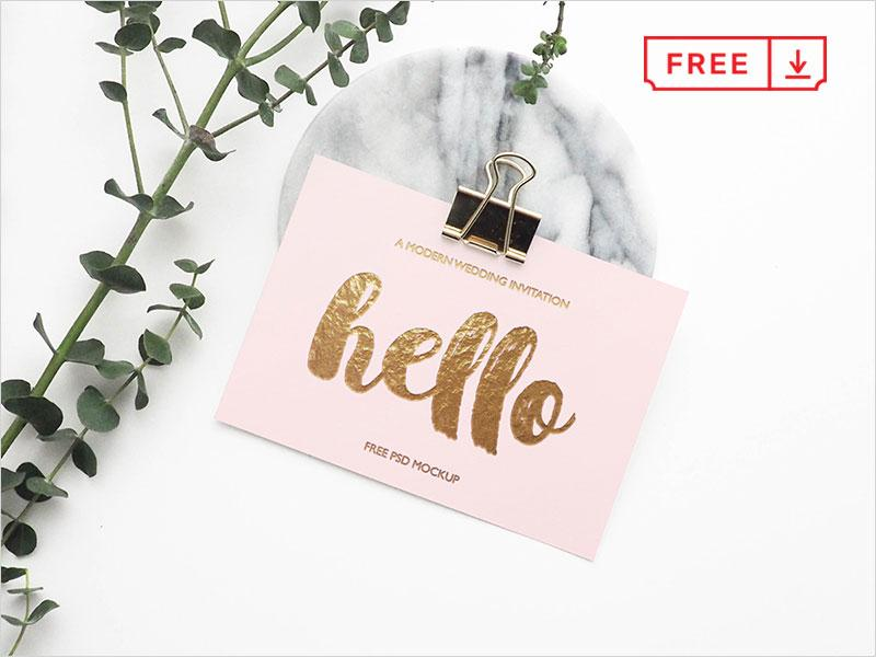 free_greeting_card_mockup1